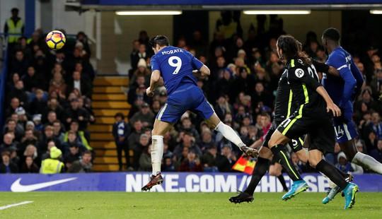Lại mất điểm, Mourinho đá xoáy lãnh đạo M.U - Ảnh 3.