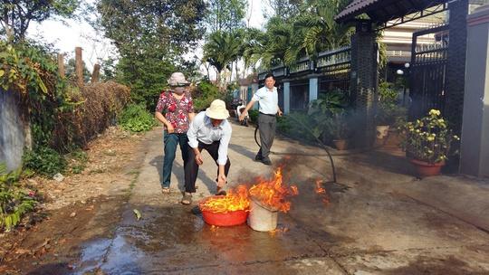 Nước giếng bốc cháy dữ dội