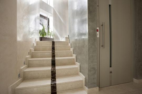 6 vấn đề thường gặp với cửa chính căn hộ chung cư - Ảnh 2.
