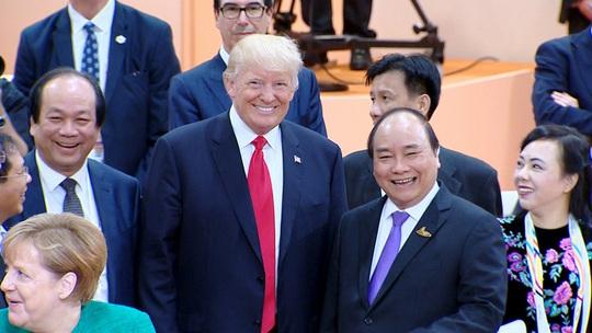 Tổng thống Donald Trump sang Việt Nam dự APEC - Ảnh 1.