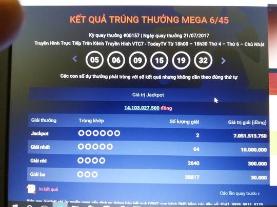 Vietlott 132 tỉ chưa lãnh, lại có người trúng 14 tỉ đồng - Ảnh 1.