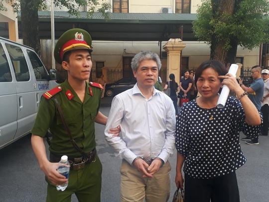 Không đề nghị áp dụng tình tiết giảm nhẹ hình phạt với Hà Văn Thắm, Nguyễn Xuân Sơn - Ảnh 1.