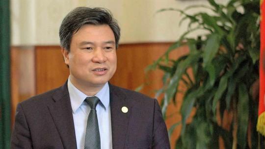 Thủ tướng bổ nhiệm 2 tân thứ trưởng Bộ GD-ĐT - Ảnh 2.