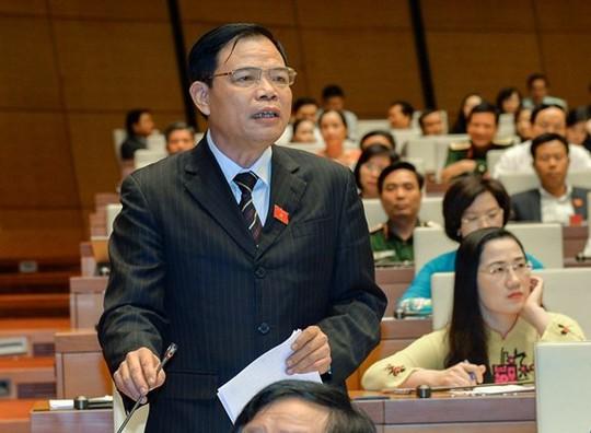 Bộ trưởng Nguyễn Xuân Cường: Dự báo bão số 12 chính xác - Ảnh 1.