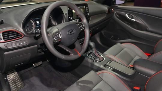 Xe gia đình Hyundai Elantra GT 2018 có giá 460 triệu đồng - Ảnh 6.