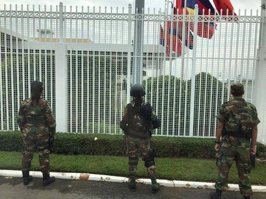 Trang trọng lễ đón Tổng Bí thư tại Hoàng cung Campuchia - Ảnh 7.