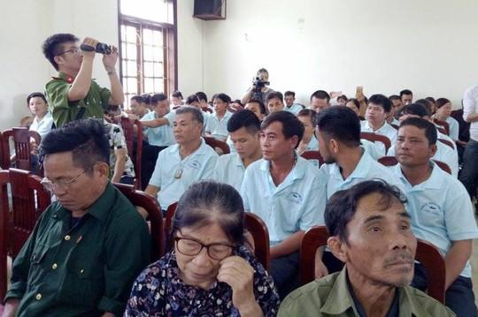 Vụ kéo tới UBND tỉnh Thanh Hóa: Đại diện người lao động nhận sai - Ảnh 1.