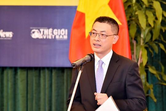 Thủ tướng bổ nhiệm tân Thứ trưởng Bộ Ngoại giao - Ảnh 2.