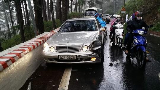 Tai nạn liên hoàn trên đèo Prenn Đà Lạt - Ảnh 3.