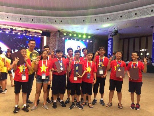 Đoàn Việt Nam thắng lớn tại kỳ thi toán quốc tế WMO - Ảnh 4.