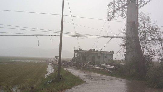 Bão số 10 quật đổ ăng-ten truyền hình-phát thanh cao 100 m - Ảnh 9.