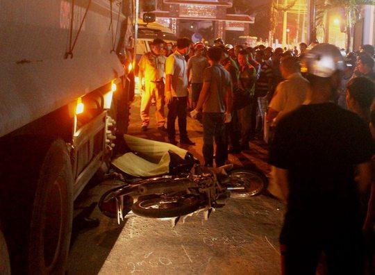 Tai nạn thương tâm trên Quốc lộ 1K - Ảnh 1.