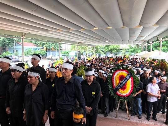 Nghẹn ngào xúc động lễ tang Thầy Văn Như Cương - Ảnh 1.