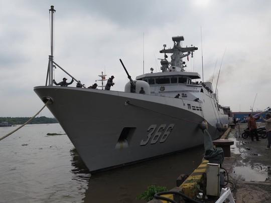 TP HCM đón cùng lúc 2 tàu quân sự Indonesia - Ảnh 3.