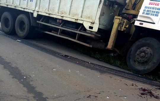 Xe tải chạy đường cấm, tông cháu bé 9 tuổi chết thảm - Ảnh 2.