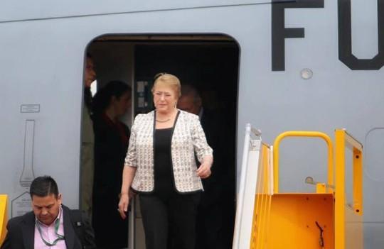 Tổng thống Chile Michelle Bachelet đáp Không lực tới Nội Bài - Ảnh 5.