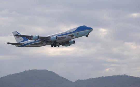 APEC 2017: Tổng thống Mỹ rời Đà Nẵng, bay đến Hà Nội - Ảnh 14.
