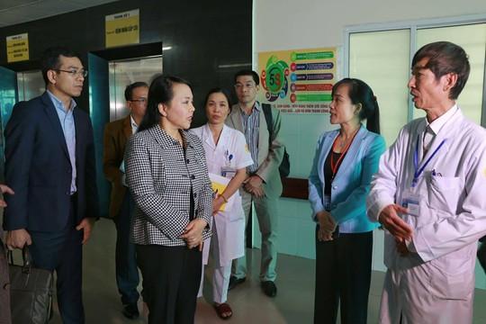 Bộ trưởng Y tế: 4 trẻ tử vong có thể do nhiễm khuẩn bệnh viện - Ảnh 5.
