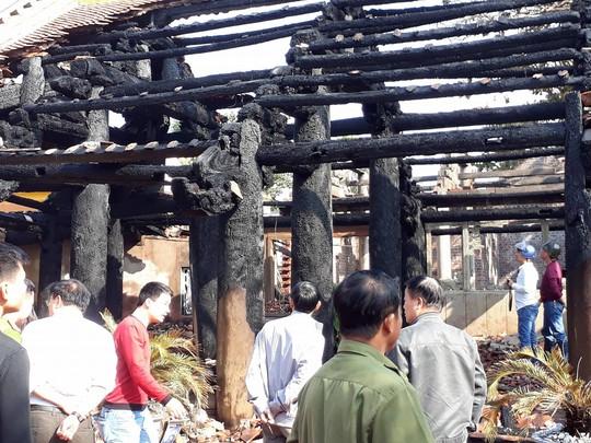 Đình làng hơn 500 tuổi ở Thái Bình bị thiêu rụi - Ảnh 1.