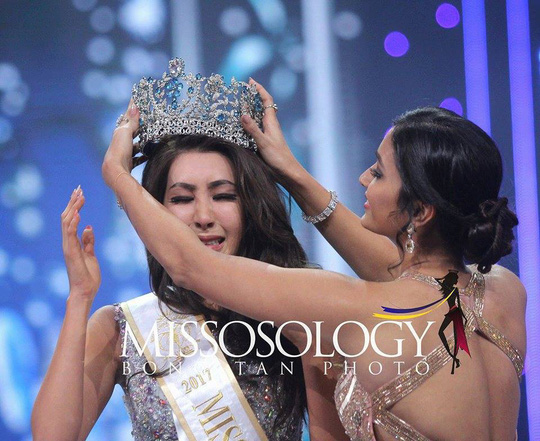 Tranh cãi nhan sắc của Tân Hoa hậu Siêu quốc gia 2017 - Ảnh 1.