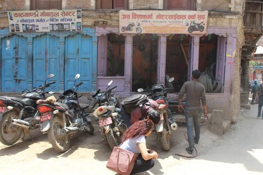 Nepal: Lạc lối ở Thamel - Ảnh 30.