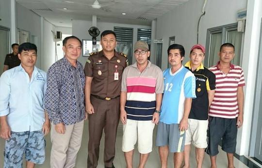 5 thuyền trưởng ở Indonesia cam kết ngừng tuyệt thực - Ảnh 1.