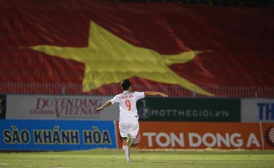 Hòa tiếc nuối Thái Lan, U19 giúp U21 Việt Nam vào chung kết - Ảnh 4.