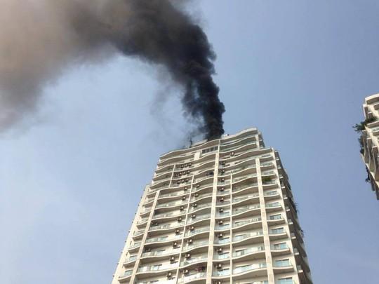 Cháy lớn tại chung cư hạng sang Golden Westlake - Ảnh 3.