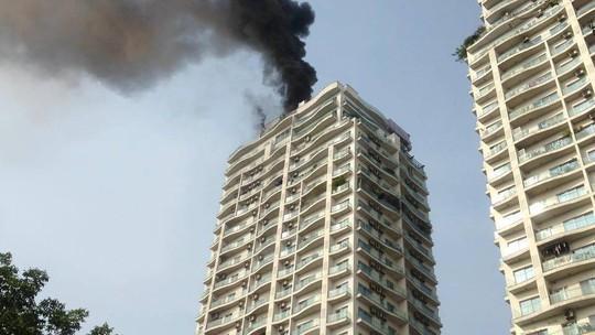Cháy lớn tại chung cư hạng sang Golden Westlake - Ảnh 6.