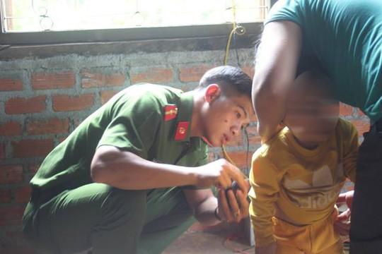 UBND tỉnh Đắk Nông chỉ đạo xử lý nghiêm vụ hành hạ trẻ em - Ảnh 1.