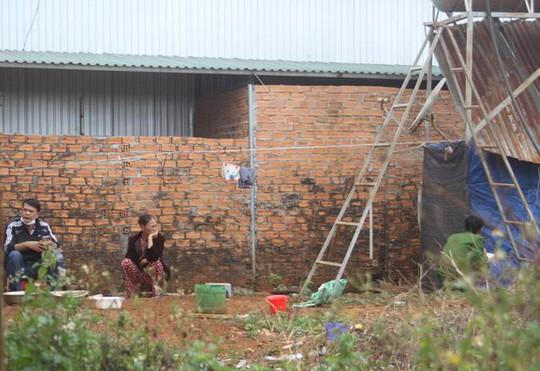 UBND tỉnh Đắk Nông chỉ đạo xử lý nghiêm vụ hành hạ trẻ em - Ảnh 2.