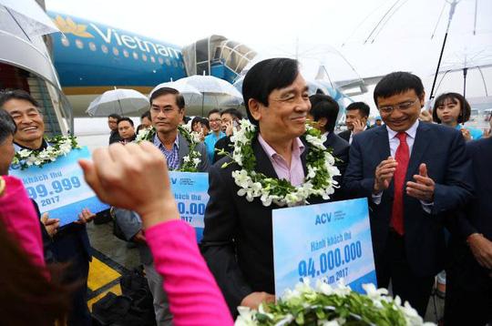 Hàng không đón khách thứ 94 triệu trong năm 2017 - Ảnh 1.