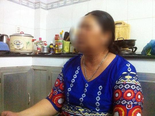 Bà nội em B. vui mừng khi biết vụ án được khởi tố, kẻ phạm tội sẽ được đưa ra xử lý.