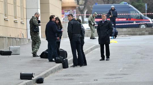 Hiện trường vụ nổ xảy ra gần trường học ở Rostov-on-Don. Ảnh: RT