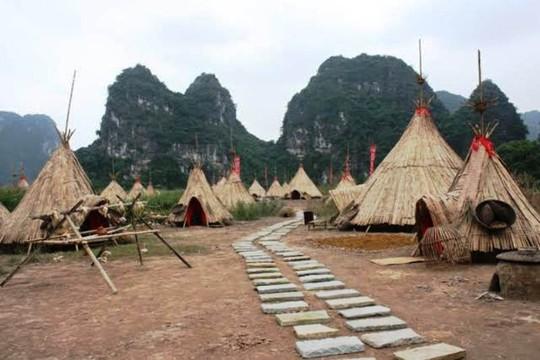 Toàn cảnh làng thổ dân châu Phi, phim trường Kong: Skull Island được phục dựng tại Danh thắng Tràng An - Ninh Bình