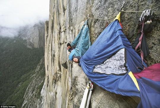 Những điểm cắm trại độc đáo nhất thế giới, trong đó có Sơn Đoòng - Ảnh 3.