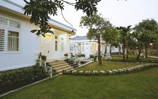 Điểm danh những nơi nghỉ dưỡng độc đáo gần Hà Nội - Ảnh 3.