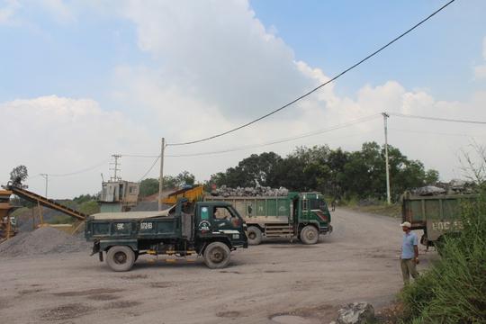Cận cảnh khu mỏ đá và trạm BOT liên quan phó bí thư Đồng Nai - Ảnh 3.