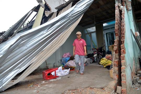 Khốn khổ sau vụ tai nạn xe tải tông sập 4 nhà dân - Ảnh 4.