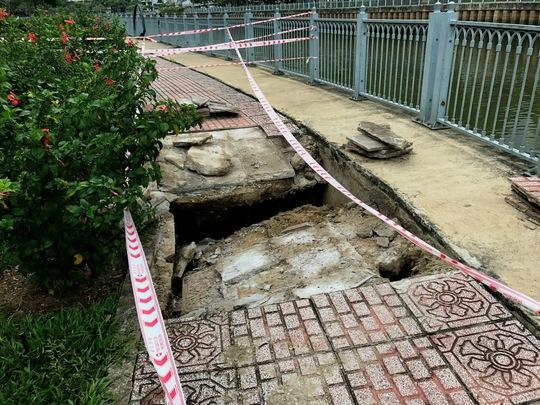 Lại sụp lún nghiêm trọng ven kênh Nhiêu Lộc - Ảnh 4.