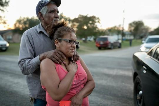 Vụ thảm sát Texas: Dân thường ra tay ngăn chặn nghi phạm - Ảnh 5.
