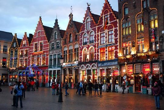 10 thành phố nên đến nhất trong mùa Giáng sinh - Ảnh 3.
