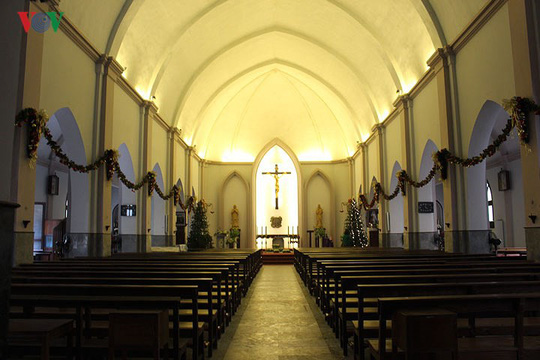 Những nhà thờ lý tưởng để đón Giáng sinh ở Hà Nội - Ảnh 4.