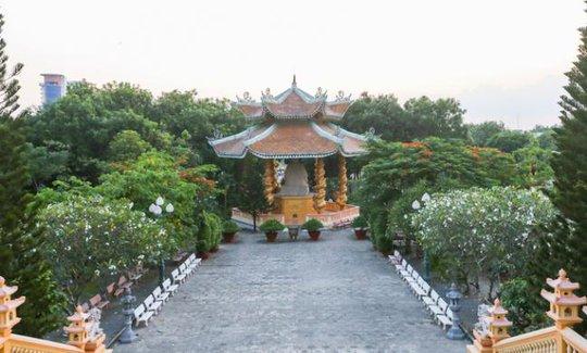 Đại Tòng Lâm, ngôi chùa có nhiều tượng phật nhất Việt Nam - Ảnh 3.
