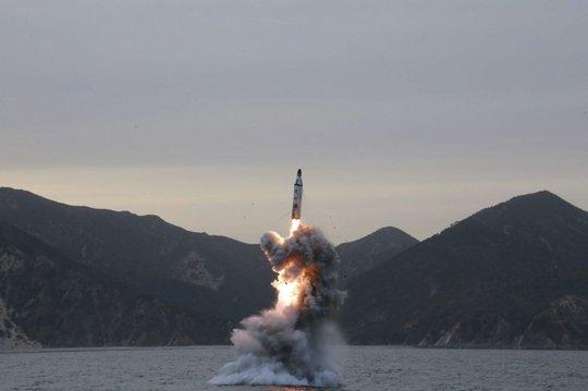 Một vụ phóng tên lửa thất bại khác của Triều Tiên năm 2016. (Nguồn: EPA)