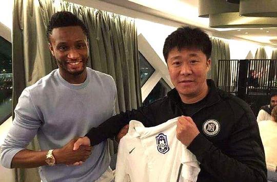 Mikel sẽ là đối thủ của Oscar tại Trung Quốc