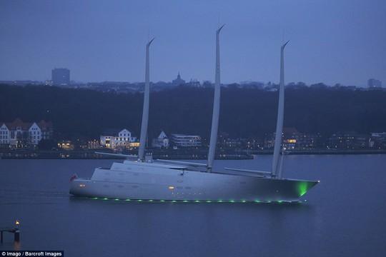 Sailing Yacht A sẽ đến miền Nam của Tây Ban Nha để hoàn tất đợt kiểm tra cuối cùng trước khi chuyển giao cho chủ nhân của nó. Ảnh: Imago