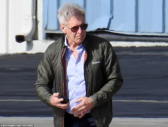 Harrison Ford đam mê máy bay
