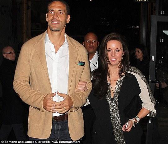 Rio Ferdinand và vợ Rebecca
