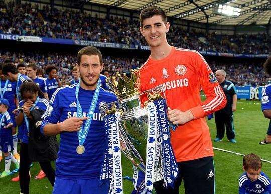 Hazard và Courtois là mục tiêu của Real Madrid